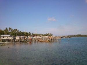 Pemukiman penduduk pulau Mapur